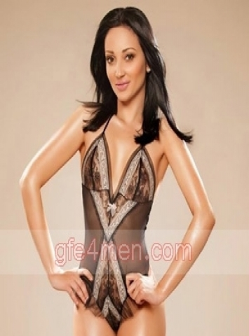 high class Rome escorts Bella