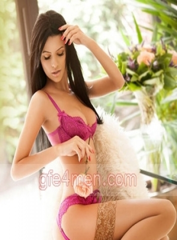 independent escort girl Rome Sophie