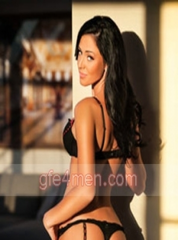 bisexual escort Rome Rose