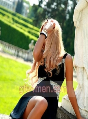 bisexual escort Rome Angelina